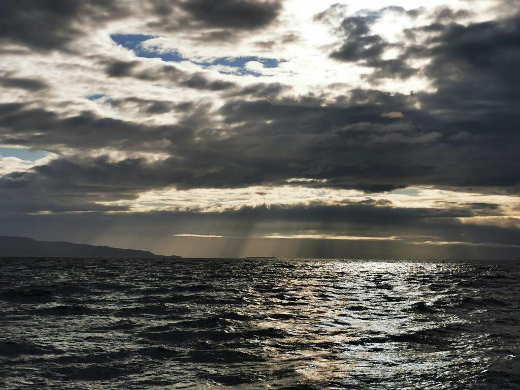 rejs stażowy, rejs turystyczny, rejs jachtem, żeglarstwo, załoga, szkocja, rejsy szkoleniowe, rejsy bałtyk, jacht, sailig, mile building, cruising, hebrydy, morze północne, pentland firth